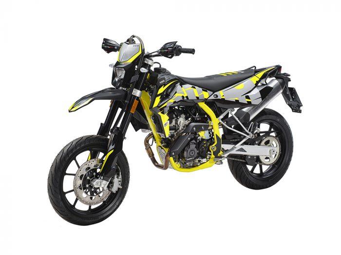SWM Motorcycles SM125R lato